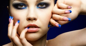 plavi smokey eyes