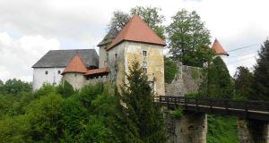 dvorac ozalj