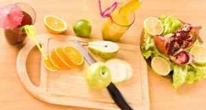 voće i povrće na dasci