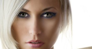 platinasto-plava-kosa