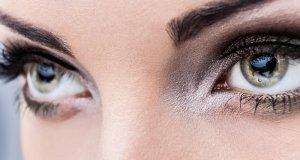 našminkane oči