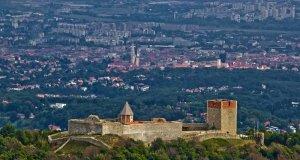 Medvedgrad, stari grad iznad metropole