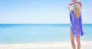 žena i plaža