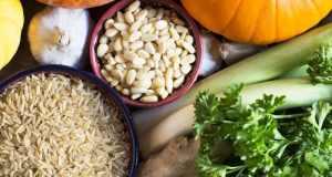 riža i povrće