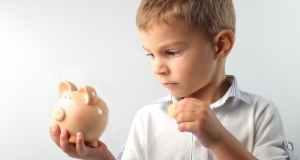 Kako djecu naučiti upravljati novcem