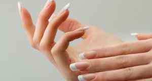 pucanje noktiju na rukama
