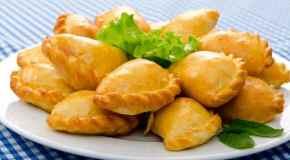 Pikantni muffini sa šunkom i sirom