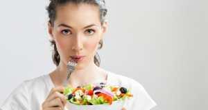 jedenje salate