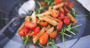 salata-s-integralnom-tjesteninom