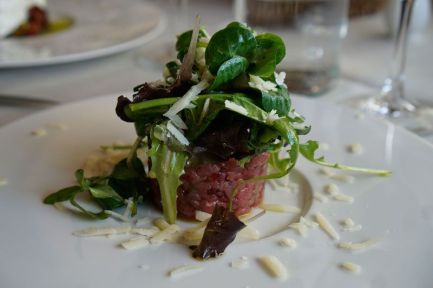 Beef tartare at Ristoro di Lamole