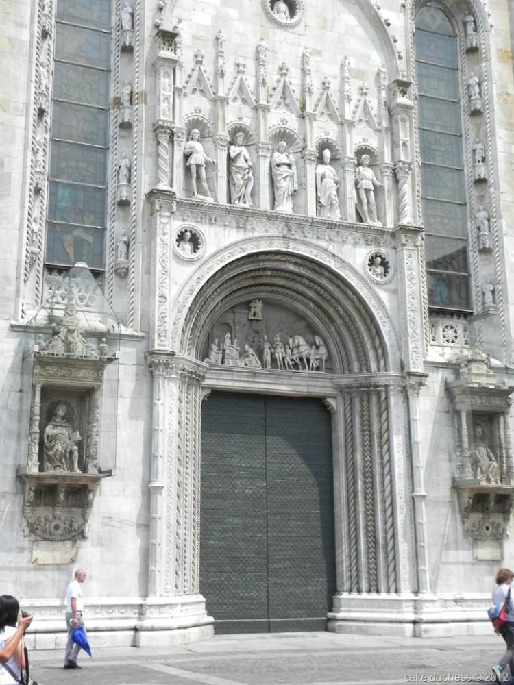 image of a church doors