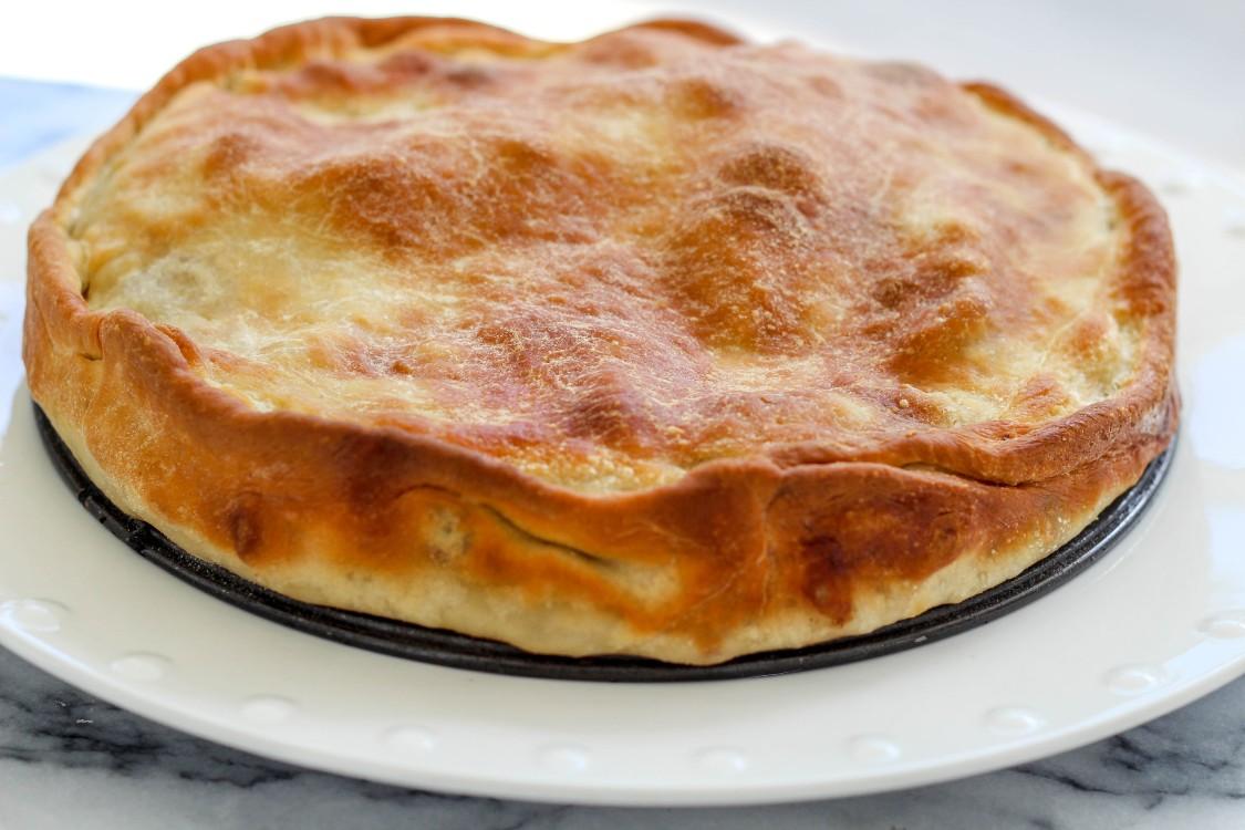 overhead image of rustic pizza pie