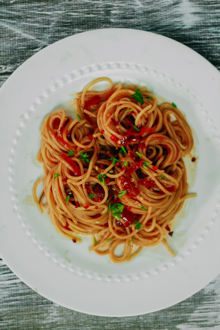overhead image of caramelized shallot pasta
