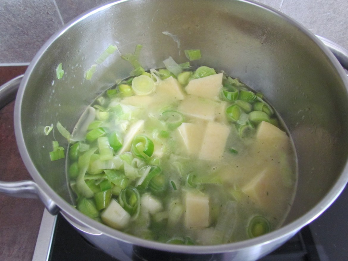 cooking potato and leek soup