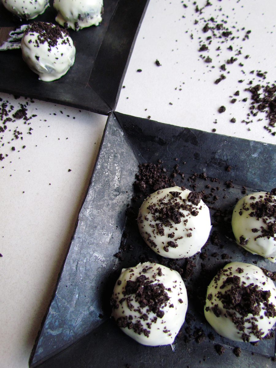 oreo white chocolate truffles-3