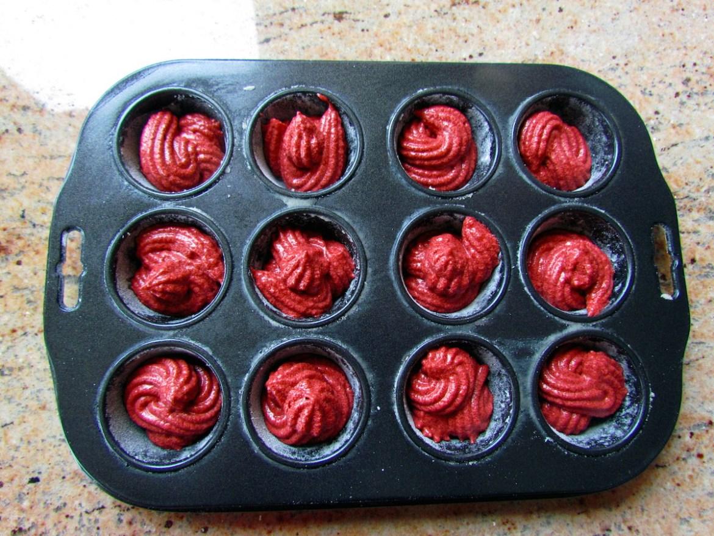 red velvet cupcake batter-3