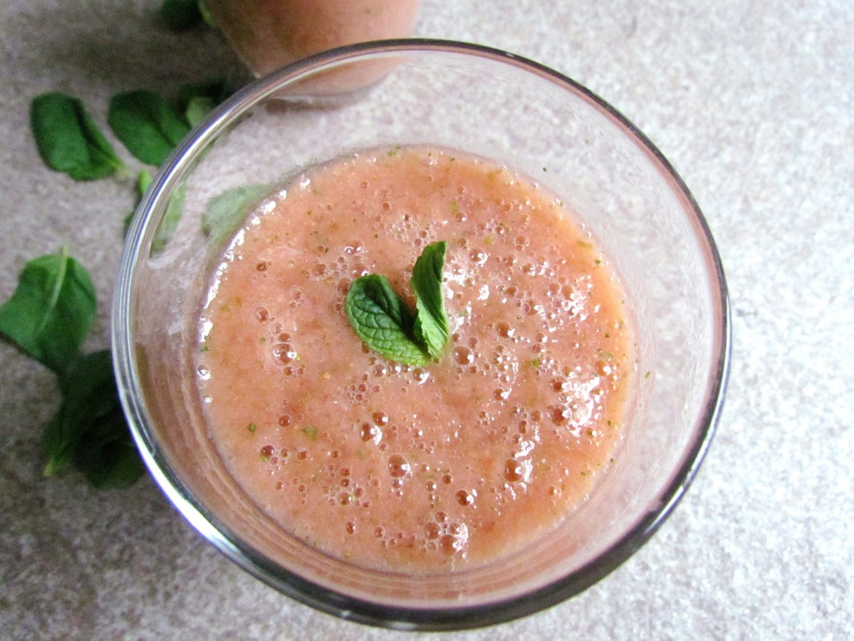 smoothie à la fraise et menthe