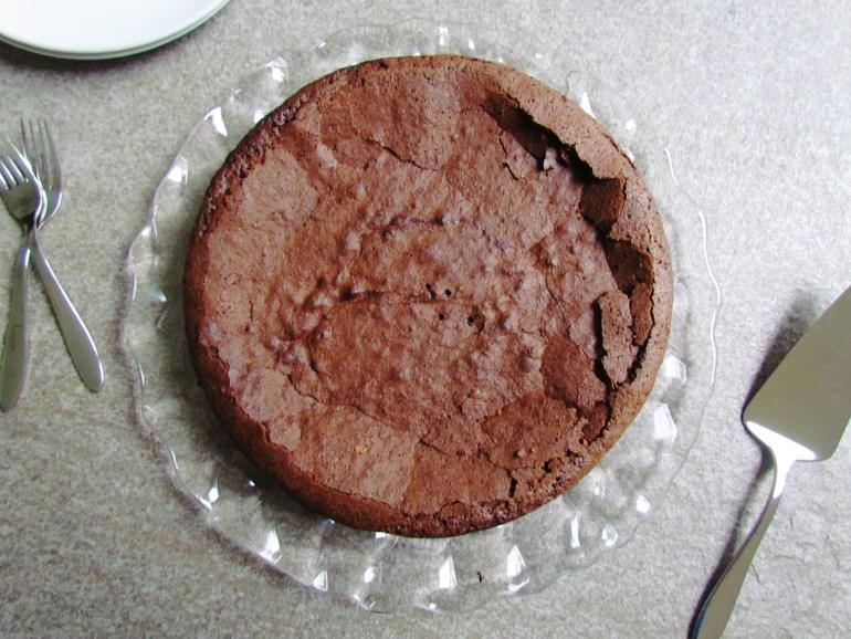 gluten-free chocolate cake | www.savormania.com