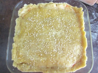 assembling pie | www.savormania.com
