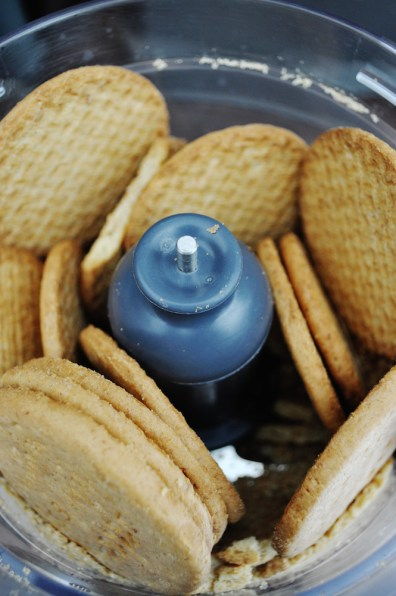 Digestive cookies | www.savormania.com