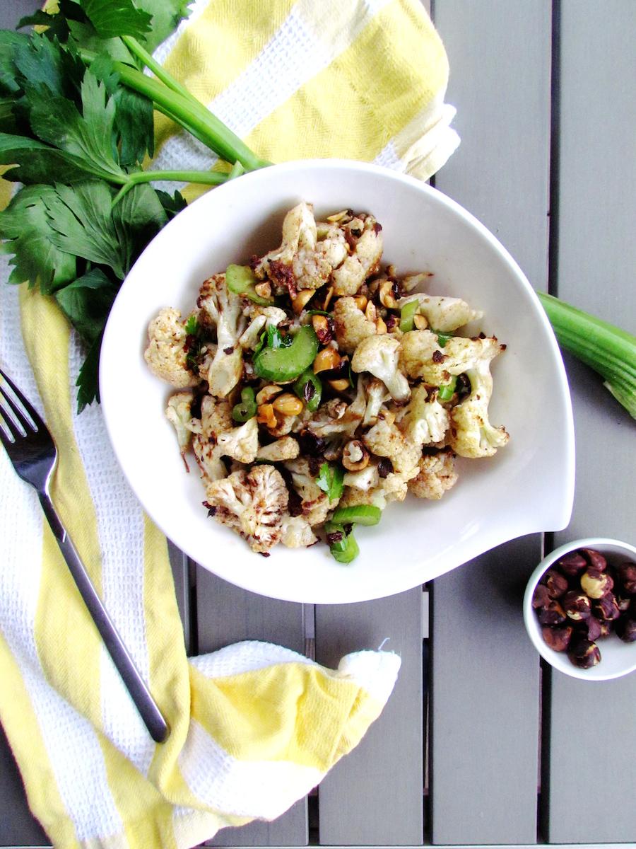 salade de chou-fleur rôti aux noisettes