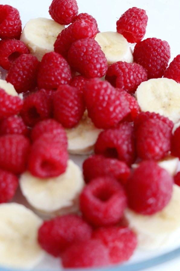 bananas and raspberries | www.savormania.com