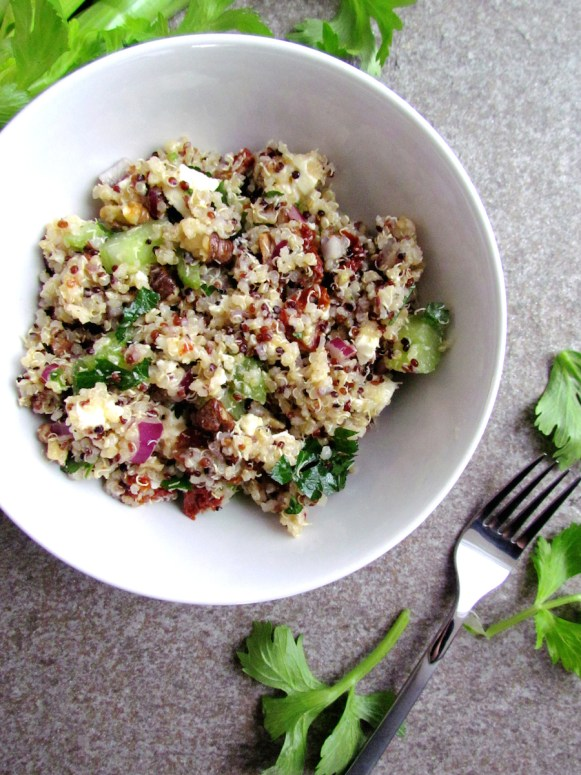 quinoa with walnuts feta and sun-dried tomatoes | www.savormania.com