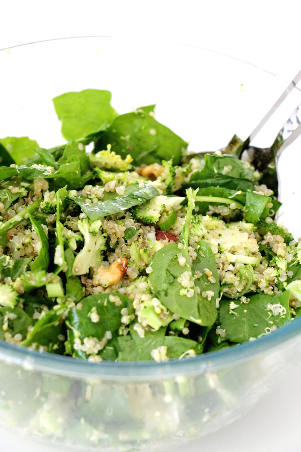 shredded-broccoli-and-spinach-quinoa-salad3