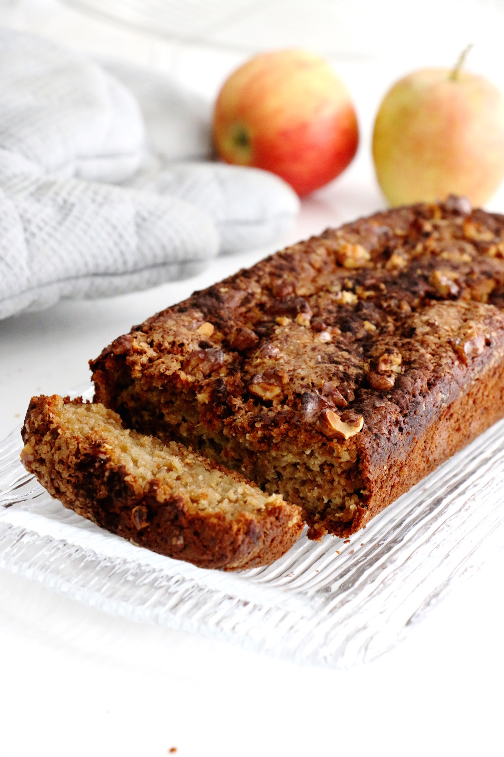 healthier apple cinnamon bread