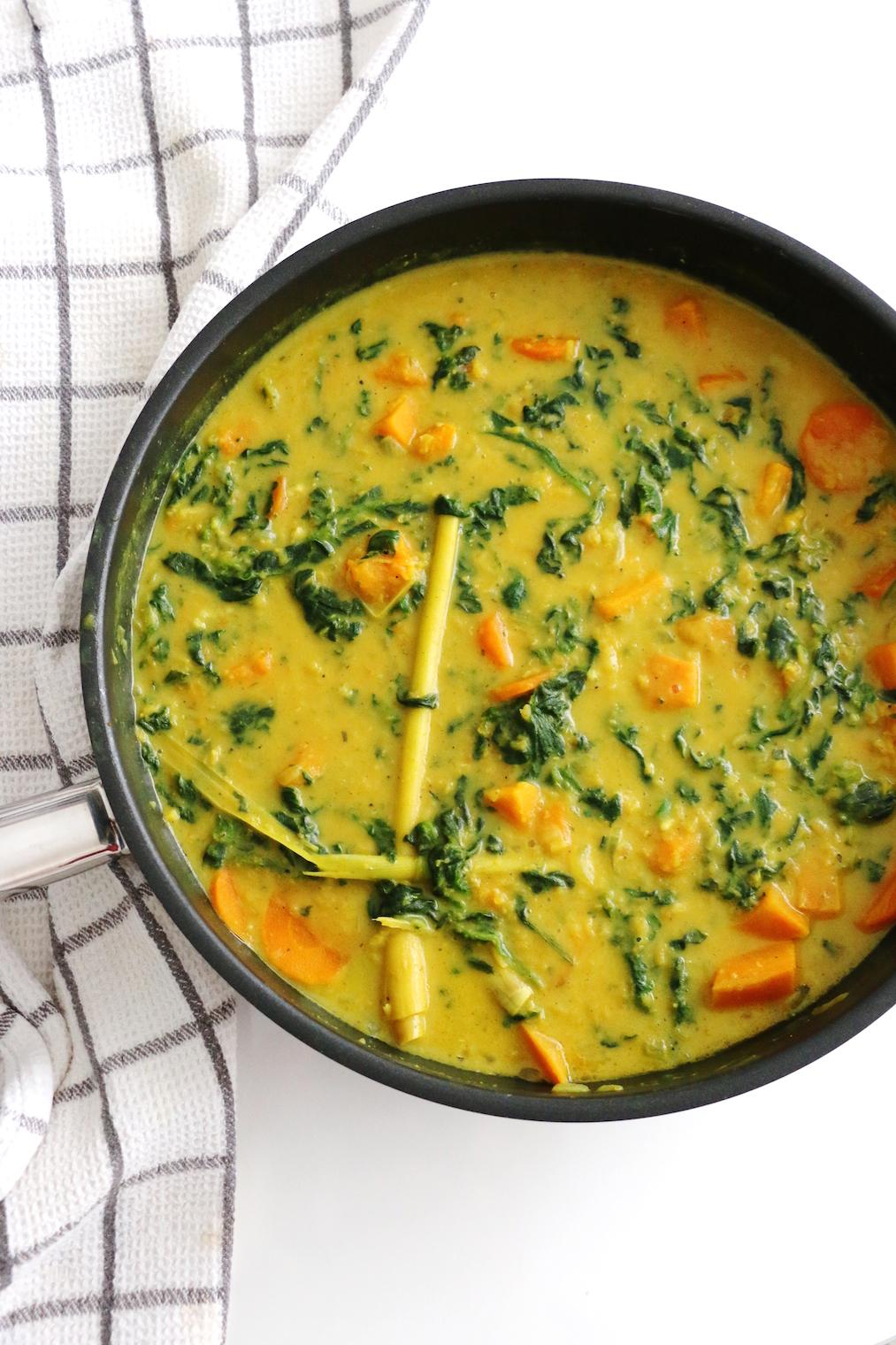 curry de lentilles et patate douce au lait de coco