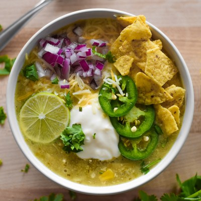 Easy Slow Cooker Chicken Taco Soup (Salsa Verde)