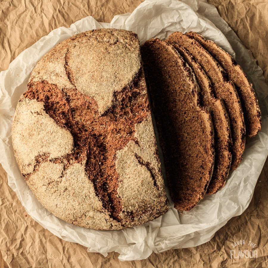 Overnight Pumpernickel Bread: a dark, dense, caraway-flavored loaf that's easy to make with the overnight method. | www.savortheflavour.com