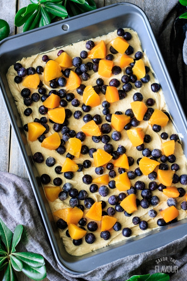 peach and blueberry boy bait with fruit on top