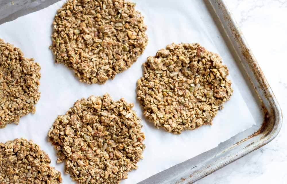 No Bake Granola Breakfast Cookies (gluten free and grain free) \\ www.savorylotus.com