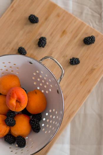 Blackberry Apricot Turnovers | savorynothings.com