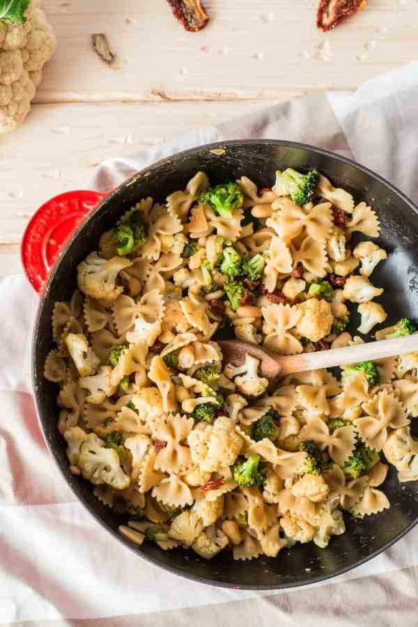 Pasta with Broccoli and Cauliflower {low fat & vegan}   savorynothings.com