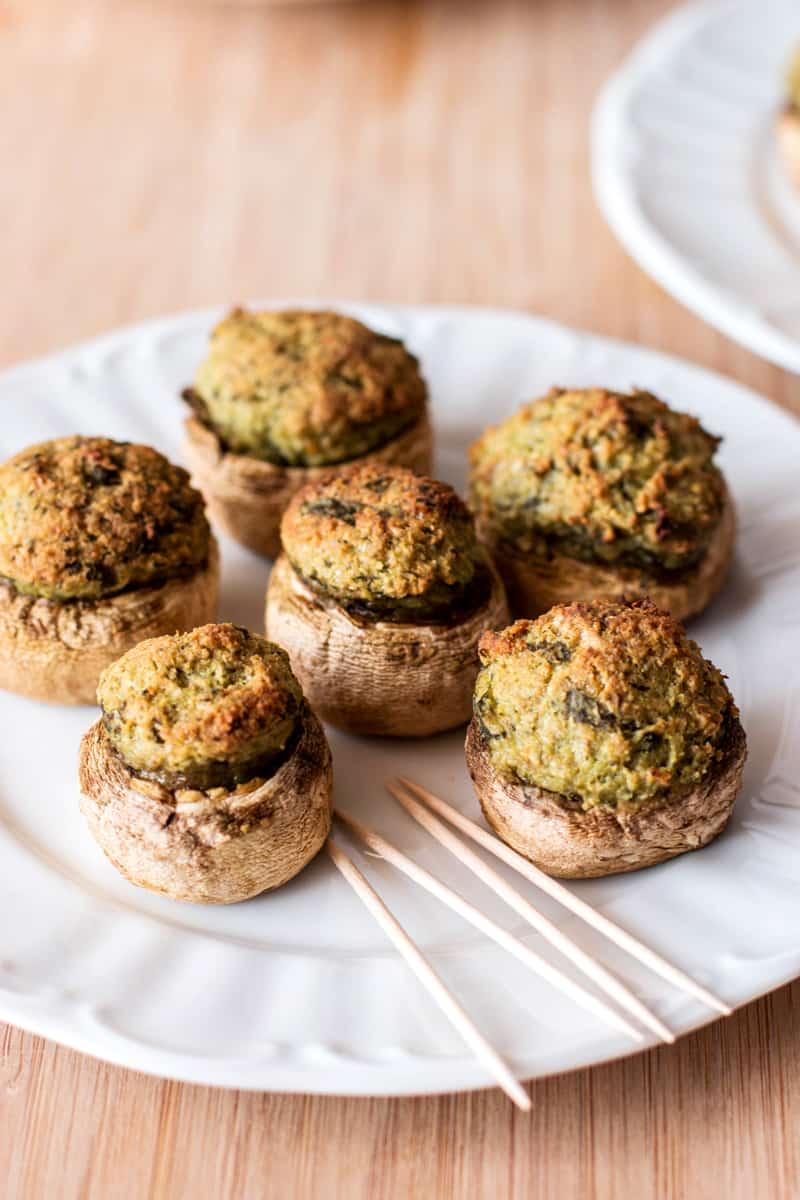 Pesto Stuffed Mushrooms | savorynothings.com