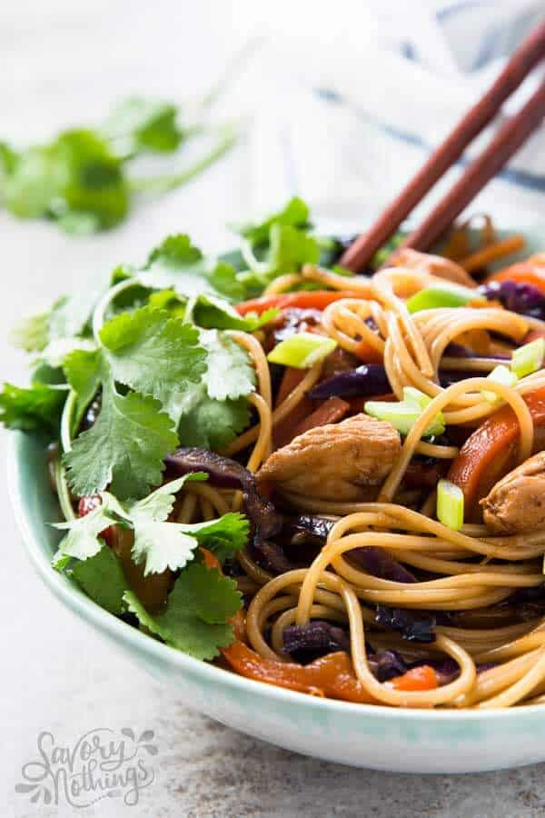 Make these easy honey garlic chicken stir fry noodles when you only have 30 minutes to get dinner on the table!