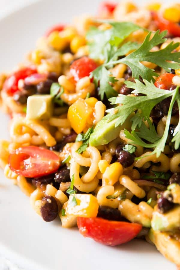 This Mexican Macaroni Salad is secretly healthy! Vegan, gluten free option and SO colorful!
