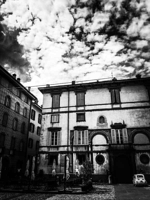 old house in black and white