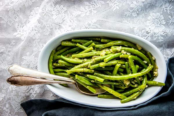 Green Beans in a white dish.