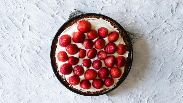 No bake strawberry ie in the making