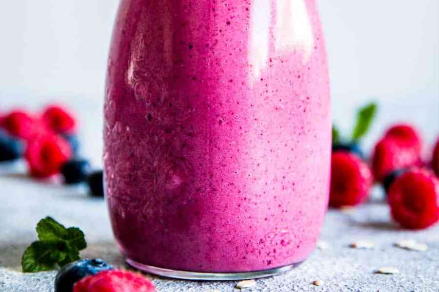 close up photo of berry smoothie