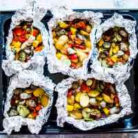 Super Easy Potato and Sausage Foil Packets (Grill or Oven!)