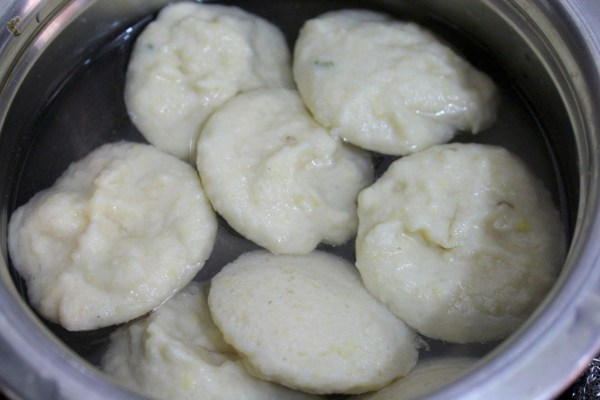 Steamed Dahi Vada