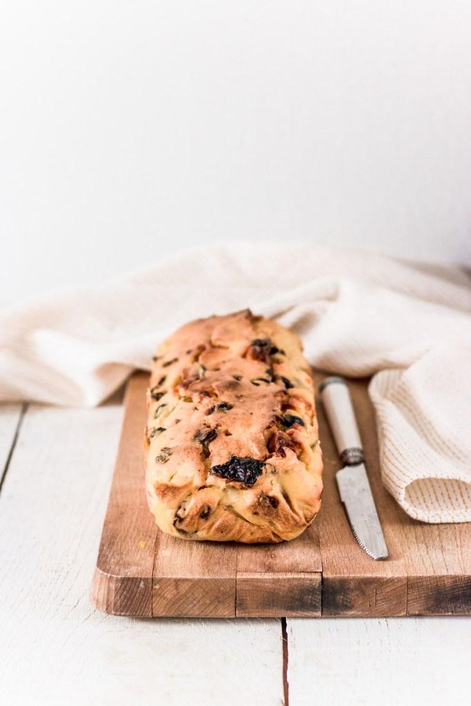cake-sale-tomates-olives-feta-blog-1