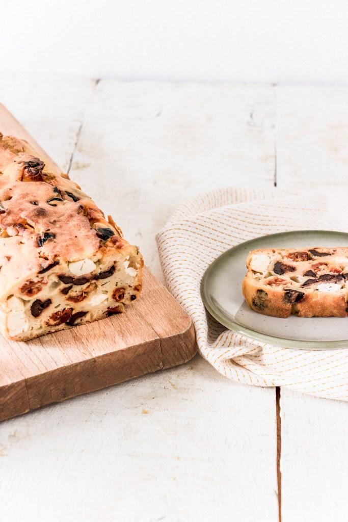 cake-sale-tomates-olives-feta-blog-5