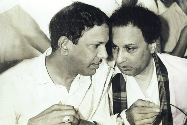 Image result for karunanidhi expired images photos