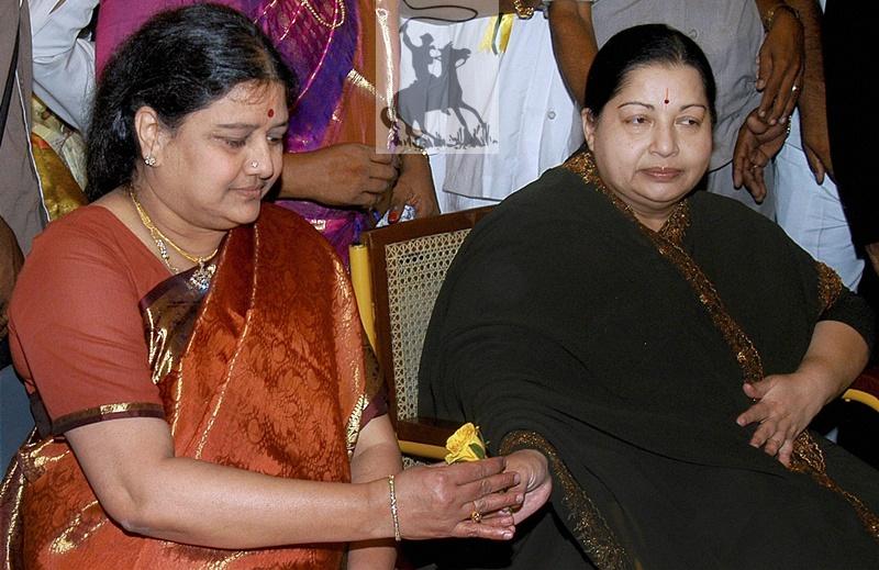 Jayalalithaa withdraws orders against Sasikala