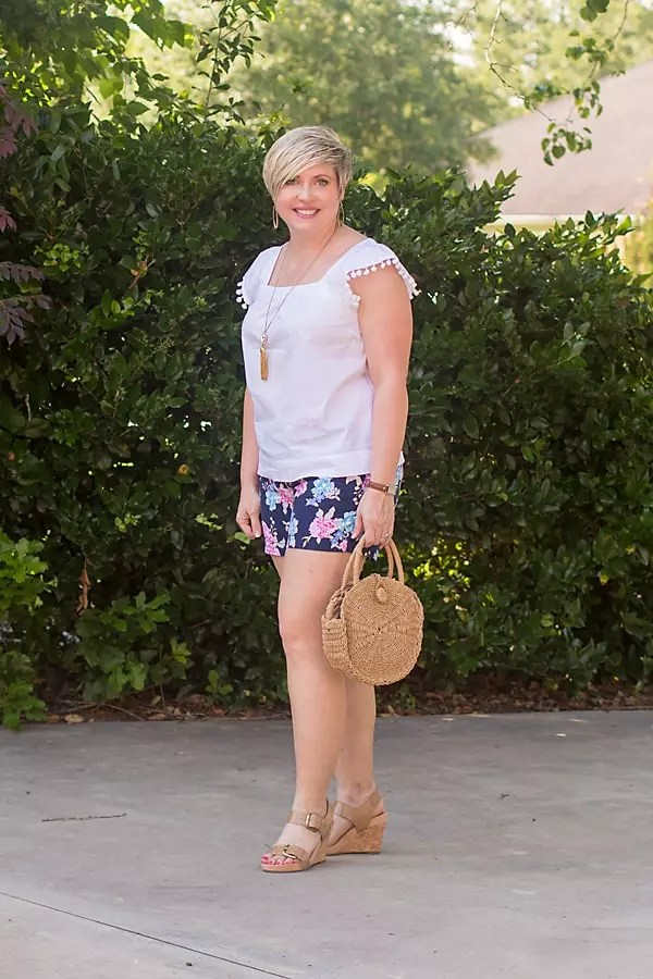 floral shorts, summer outfit
